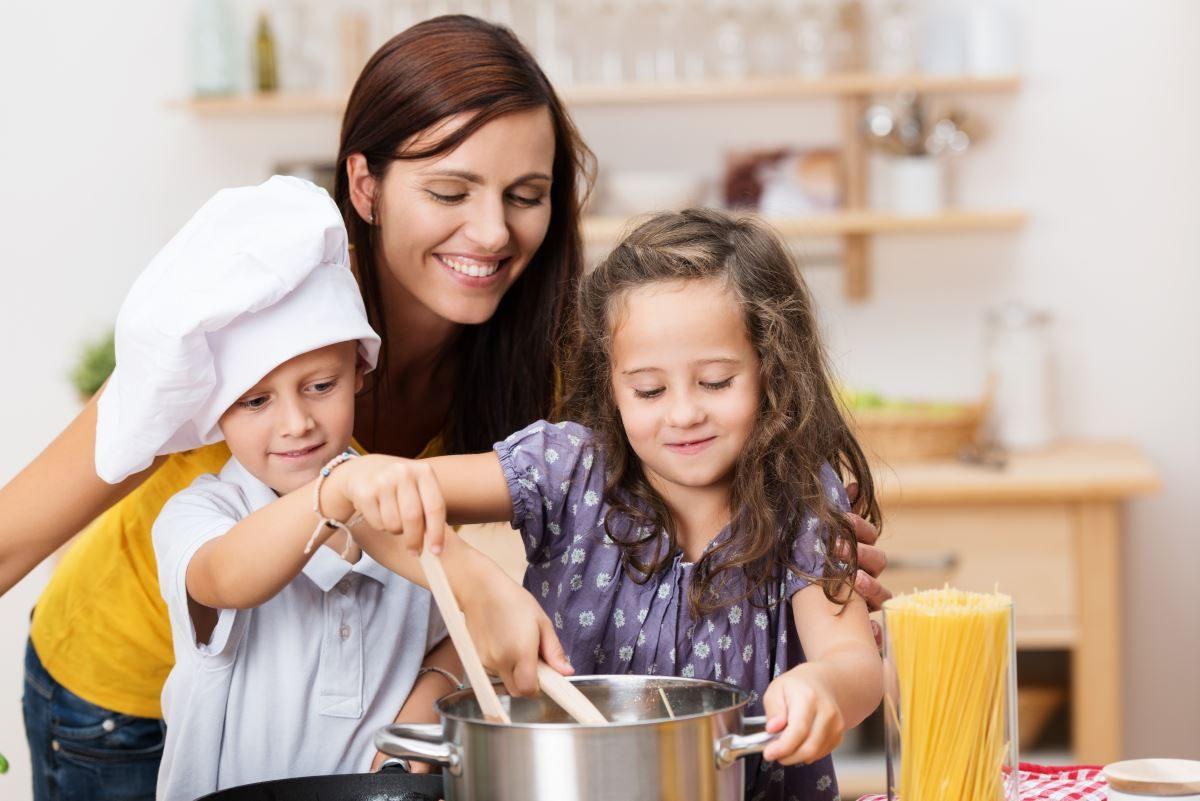 7 Korzyści Płynących Ze Wspólnego Gotowania Z Dzieckiem