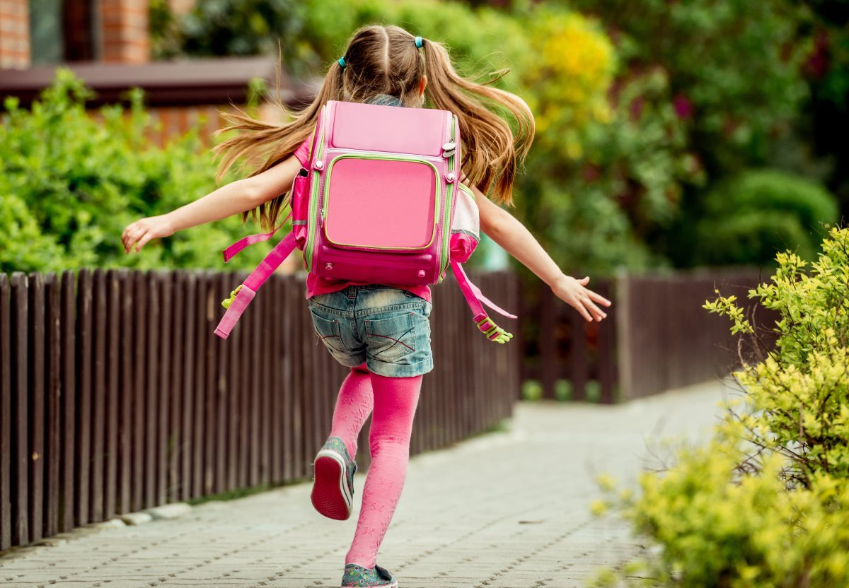 17728090067c4 Plecak dla pierwszoklasisty – jaki wybrać? - egaga.pl - portal dla  nowoczesnych rodziców